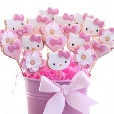 Happy Cookie Day HCDA026A Hello Kitty Çubuklu Kurabiye Standart Boy ( 3 Çeşit ) Adet Fiyat